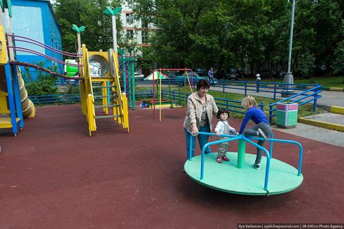 Как и за сколько Собянин благоустраивает московские дворы?