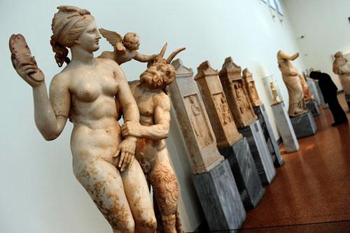 Голая скульптура древней греции это