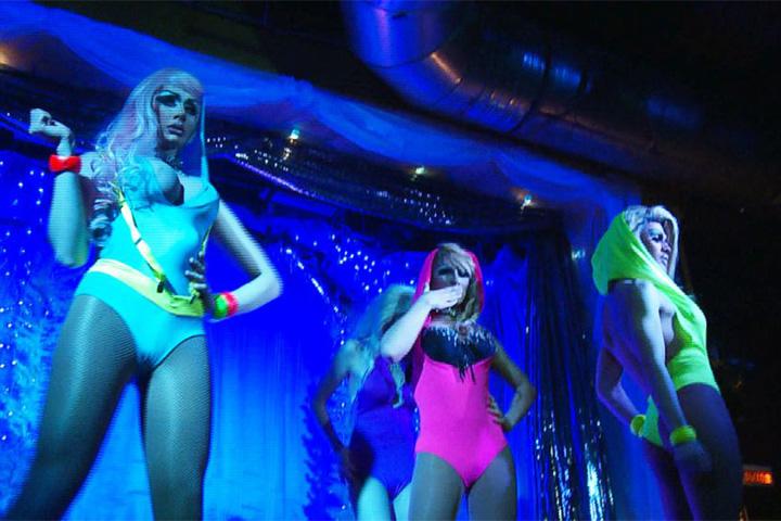 Клубы для геев и трансвеститов фото 341-173