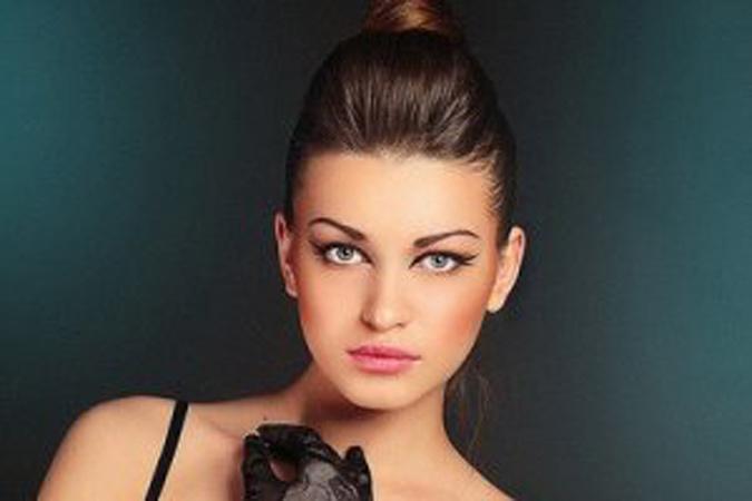 eroticheskaya-fotomodel-anna-iz-g-vladivostoka-ero-foto-video-zvezd