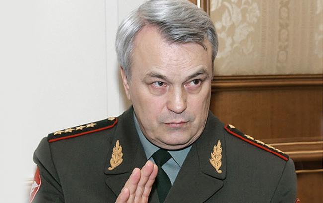 Наследие Сердюкова в армии - не только разрушенная система подготовки кадров. Но и его люди